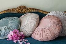 Pillows / Carpet / Blankets