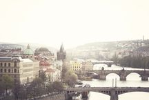 I want to go here / by Ioana Bîrdu