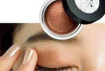 目の化粧の仕方