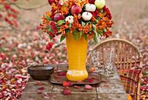 Table Settings and Centerpieces / I love beautiful table settings and Centerpieces. A collection of some of my favorites.