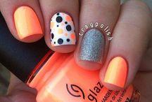 nails! / by Katie Sorensen