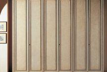 O szafie // On Closet