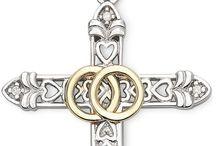 Jewelry,chains, rings, earrings, bracelets, watches / Jewelry,chains, rings, earrings, bracelets, watches