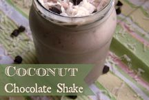 Fave Recipes: Desserts / by Aimee Cagle