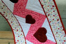 DIY: Tablecloth/Table runners / by Stacey Fitch
