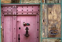 Random Doorways