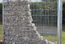 ΜΑΝΤΡΑ με πέτρα