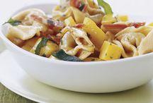 Crockpot meals, casseroles & pastas  / by Nicole Chetto-Weldum