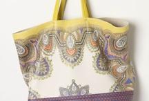 purses / by Gillian Ryan