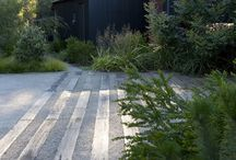 Linear contemporary gardens