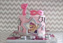 Super Barbie Cake / Super Barbie Cake
