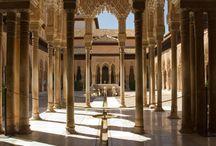 Andalusien: Der wild-romantische Süden von Spanien / In Andalusien ist Europa nur wenige Kilometer von Afrika entfernt. Die Einflüsse der maurischen Kultur sind in Bauwerken wie der Alhambra, aber auch im Flamenco lebendig. Zur besten Reisezeit im September zeigen wir die schönsten Ecken Andalusiens zwischen Costa del Sol und Córdoba.