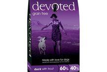 Devoted - grain free krmiva / Krmiva DEVOTED dovážíme pro vaše pejsky z Velké Británie. Špičková krmiva bez obilovin vč. dvou receptur zcela bez kuřete pro alergiky na kuřecí bílkoviny.