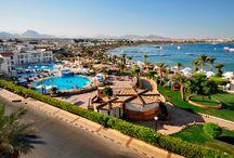 فندق هلنان مارينا شرم الشيخ, بمصر / فى وسط مشاية خليج نعمة