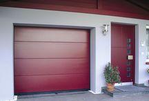 Sésame, ouvre toi ! / Les portes et fenêtres font partie intégrante du style de votre maison. Porte d'entrée, de garage, porte-fenêtre, fenêtre de toit... une possibilité infinie de combinaisons pour un logement à votre goût et sécurisé.