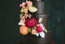 Cakes / by Charlotte Thompson