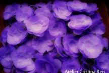 Cristina Reis - Confectionary of Fabric flowers / Own Confectionary of Fabric Flowers  http://ateliercristinareis.loja2.com.br