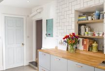 Stone Cottage / The StuartBarrCDR Direct to Client department carried complete ground floor renovation, knock through and re-fit of this period cottage, creating a fabulous open plan kitchen space.