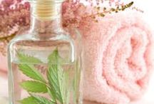 cosmetici e detersivi ecologici fai-da-te / cosmetici e detergenti per la casa ecologici, facilissimi, veloci, economici, profumati: per il benessere proprio e dell'ambiente ☮