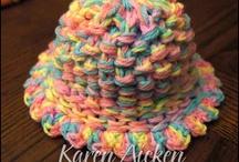 Round loom knitting / by 🐕Renee Bergman🐈