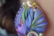 Beads beads... Everywhere!!!