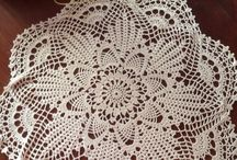 Crochet Doily's Gehaakte kleedjes - / free patterns and ideas, diagrammen van gehaakte kleedjes