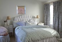 Shabby bed / by Ruth Rae