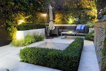 garden ideas / Garden design ideas for small gardens. Outside dining, outside kitchens, planters, BBQ area.