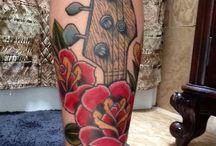 Tattoos & Piercing ™