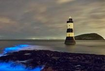 Trwyn Du Lighthouse in Anglesey off the north-west coast of Wales #HeathrowGatwickCars.com