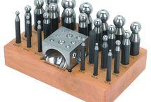 Metal-herramientas / Metal: maquinas; herramientas; utiles y sugerencias.