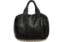 My style... Handbags!!  / by Raechel. Oglesby.