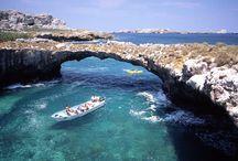 Puerto Vallarta / Puerto Vallarta es un hermoso destino donde te diviertes y además te relajas, el destino de los enamorados por sus encantadores atardeceres