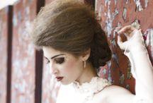 Sposa / Foto scattate avente l'abito da sposa come soggetto principale