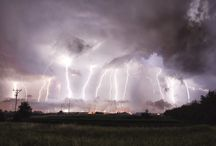 My thunders / My passion is to follow the thunderstrikes during the storms...