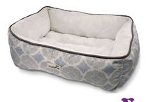 TrustyPup Beds / TrustyPup Pet Beds are some of the most comfortable pet beds available. Whether you have a puppy or a senior dog, we offer a variety shapes, sizes, and eco-friendly options to suit your pet's unique needs.
