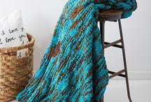 knitting/crochet / by Leslie Saunders