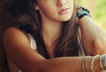 Photo Inspiration-Teens / Tips and Ideas for photographing teen portraits and pictures.