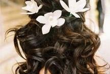νυφικα χτενισματα με λουλουδια
