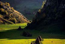 Din minunile Romaniei / Frumusetile Romaniei sunt definitive de padurile si peisajele sale!