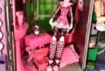 DIY monster high / by Audrey McVicar Mitchell