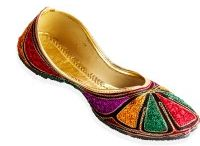Indian Traditional Footwears - (Mojaris) / Most famous mojaris from north.