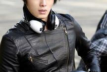 Jung ll Woo