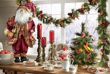 Room Gallery: Holiday Dining Room / Joy and merriment become the guests of honor at holiday gatherings and Christmas entertaining with the right decorative touches and enchanting holiday tablescapes. / by Country Door