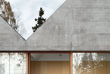 In situ / Board with concrete structures
