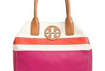 Handbags / by Raine Hyde