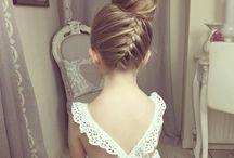 Wedding coiffure petite fille