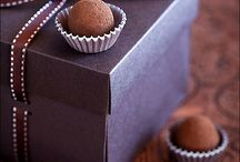 Könyv -zárt- Csokoládé / Book & Movie Chocolat (Chocolat, #1) by Joanne Harris