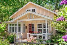 Tiny Cottage Living