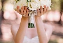 Wedding and engagement pose ideas